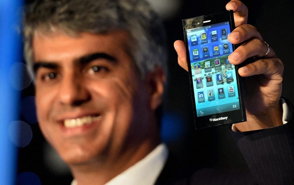 Managing Director, BlackBerry India, Sunil Lalvani launches the new Z-3 Smart Phone in New Delhi.
