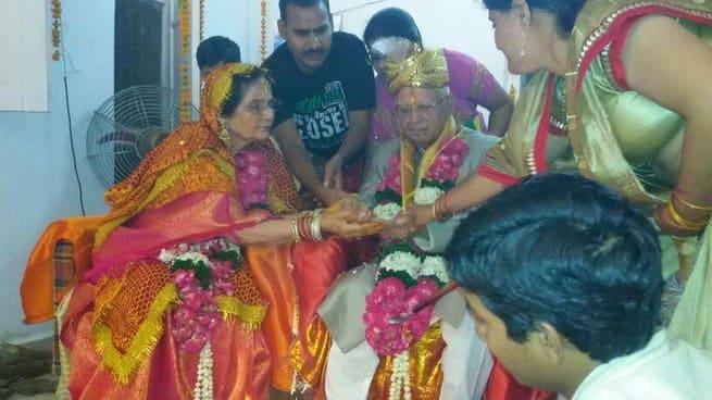 Congress leader Narayan Dutt Tiwari ties the knot with Ujjwala Sharma in Lucknow.