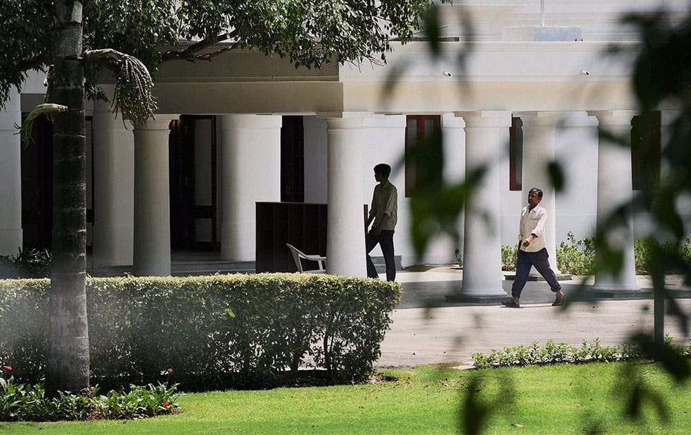 Manmohan Singh has already announced his retirement and will move to a bungalow on Motilal Nehru Marg.