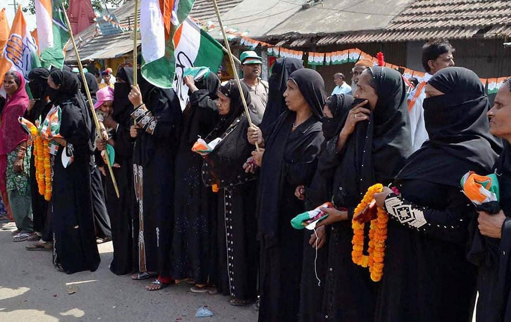 Muslim women during Congress Vice President Rahul Gandhi`s road show for party candidate Ajay Rai in Varanasi.