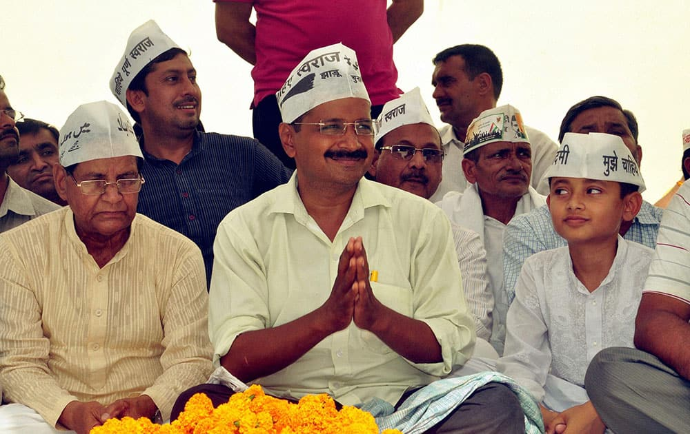 AAP convener Arvind Kejriwal at an election campaign meeting in support of party candidate Kumar Vishwas in Amethi.