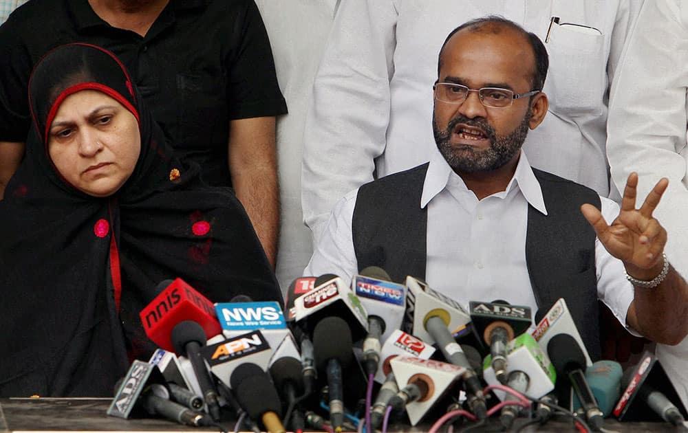 Rajya Sabha MP Sabir Ali alongwith his wife address a press conference in New Delhi.