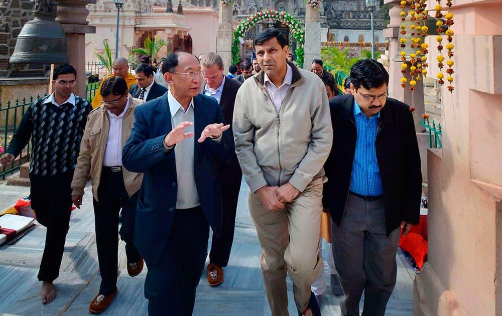 RBI Governor Raghuram Rajan visiting the Mahabodhi Temple in Bodhgaya.