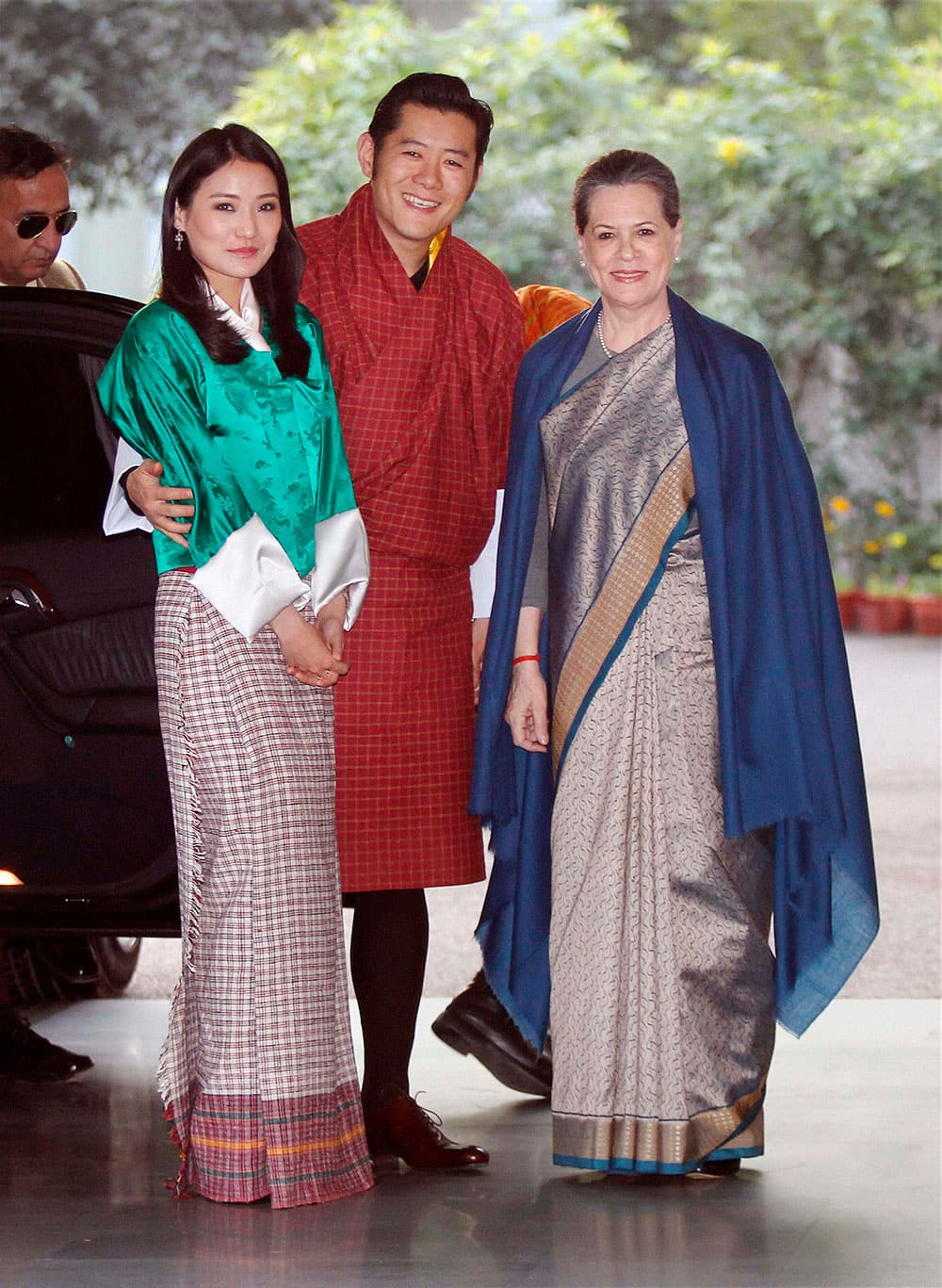 Congress President Sonia Gandhi with King of Bhutan Jigme Khesar Namgyel Wangchuck and the Queen Jetsun Pema Wangchuck, before their meeting at her residence in New Delhi.