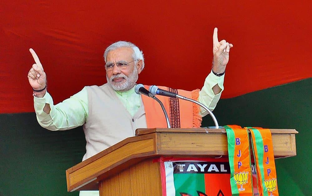 India's main opposition Bharatiya Janata Party (BJP) leader Narendra Modi addresses a rally in Ranchi, Jharkhand, India.