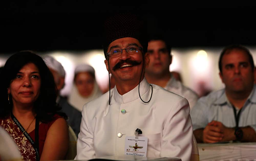 Parsis attend the inauguration of the 10th World Zoroastrian Congress in Mumbai. According to the India`s 2001 Census figures India`s Zoroastrians, or Parsis, numbered 69,601 but with a negative growth rate of 8.88%, experts estimate that their population could dwindle down to 23,000 by the year 2020.