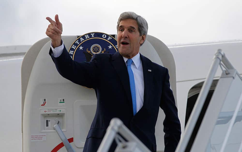 US Secretary of State John Kerry steps aboard his aircraft in Geneva, Switzerland. Nuclear talks with Iran have failed to reach agreement, but Kerry said differences between Tehran and six world powers made