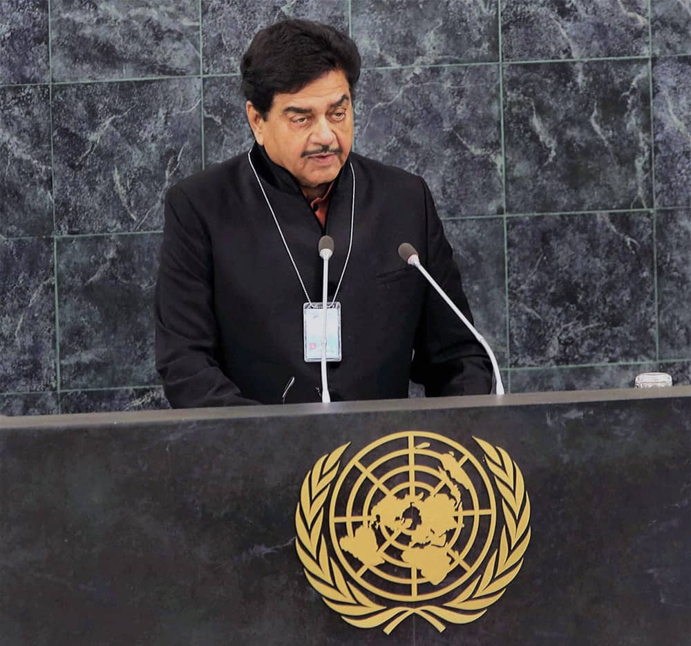 Shatrughan Sinha delivers his speech at the 68th UN General Assembly in New York.