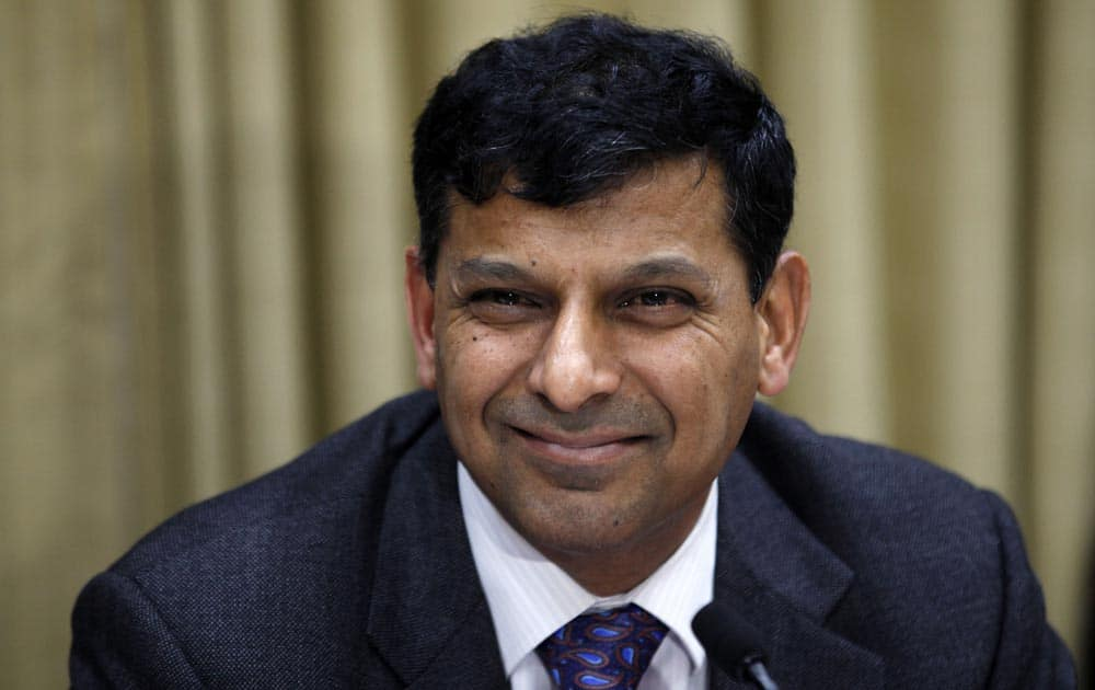 Reserve Bank of India (RBI) Governor Raghuram Rajan addresses a press conference at the RBI headquarters in Mumbai.