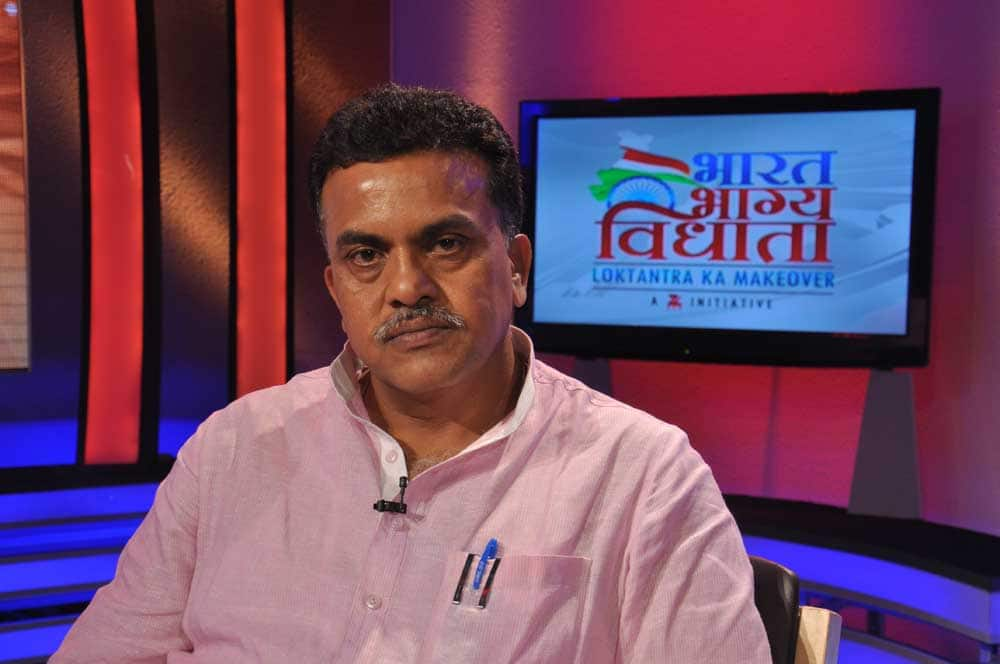 Sanjay Nirupam, MP Mumbai North, debated on the contentious issue of price rise.