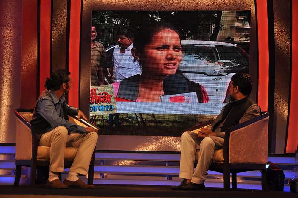 Anchor Anant with Lok Sabha member Anurag Thakur.