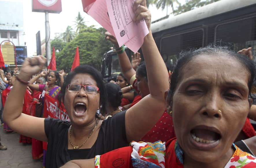 Women shout slogans during a protest against the killing of social activist Narendra Dabholkar in Mumbai.