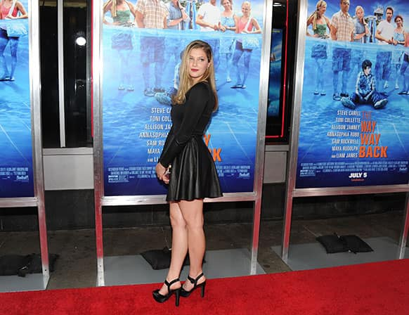 Actress Zoe Levin attends the premiere for