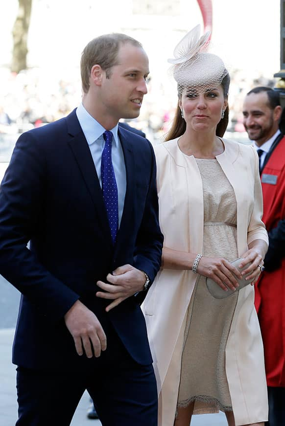 Britain`s Prince William and Kate, Duchess of Cambridge, arrive for a service to celebrate the 60th anniversary of the coronation of Britain`s Queen Elizabeth II at Westminster Abbey, London.