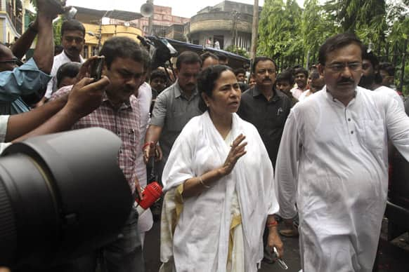 West Bengal state Chief Minister Mamata Banerjee, arrives to pay homage to late film director Rituparno Ghosh in Kolkata. Ghosh, whose work includes award-winning films in the Bengali language, died Thursday of cardiac arrest at age 49, news reports said.