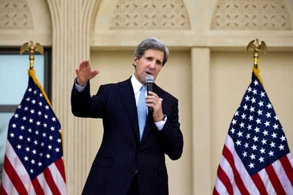US Secretary of State John Kerry speaks to US Embassy staff in Doha, Qatar.