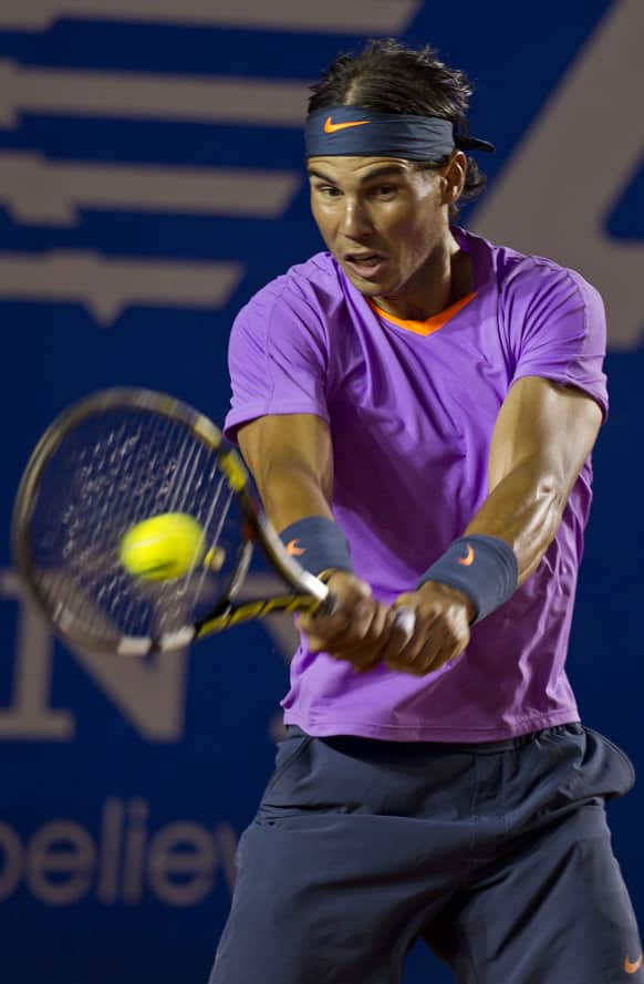 Spain´s Rafael Nadal returns the ball to Argentina´s Martin Alund during a Mexican Open tennis game in Acapulco, Mexico.