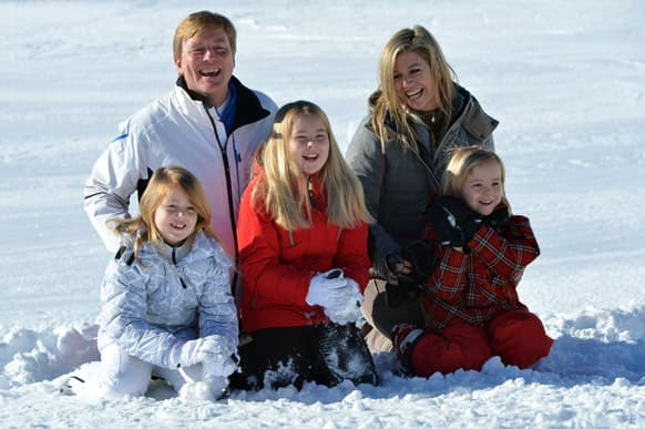 Netherland`s Crownprince Willem Alexander and his Argentinian-born wife Princess Maxima, pose with their daughters Princess Alexia, Princess Amalia and Princess Ariane, during a photo session in the Austrian skiing resort of Lech.