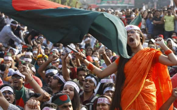 Bangladeshi activists shout slogans demanding the execution of Jamaat-e-Islami leader Abdul Quader Mollah and others convicted of war crimes involving the nation`s independence war in 1971, in Dhaka, Bangladesh.