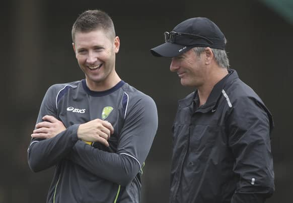 Australia`s captain Michael Clarke, left, chats with former captain Steve Waugh during the team`s training ahead of the third test cricket match against Sri Lanka in Sydney.