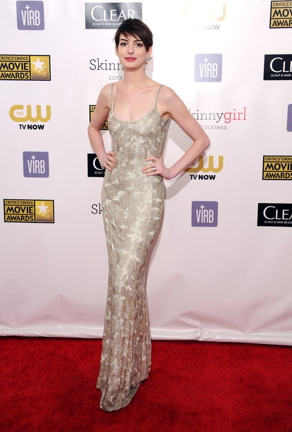 Anne Hathaway arrives at the 18th Annual Critics' Choice Movie Awards at the Barker Hangar in Santa Monica, Calif.