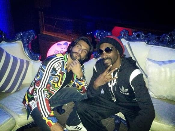 Snoop Dogg posted this pic of his with Ranveer Singh on Twitter.