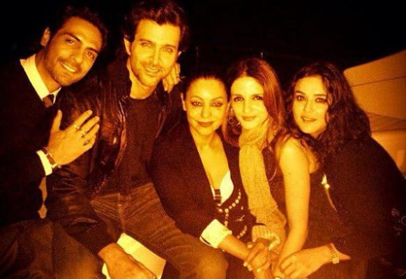 Friends forever: Arjun Rampal, Hrithik Roshan, Gauri Khan, Suzanne Roshan and Preity Zinta party during Hrithik's birthday.