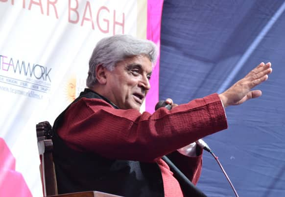 Javed Akhtar addresses the crowd.