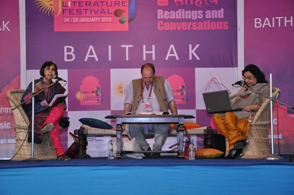 Authors Anju Makhija and Fahmida Riaz in conversation with William Darymple on the topic titled 'Shah Abdul Latif' at the Baithak hall of the Diggi Palace.
