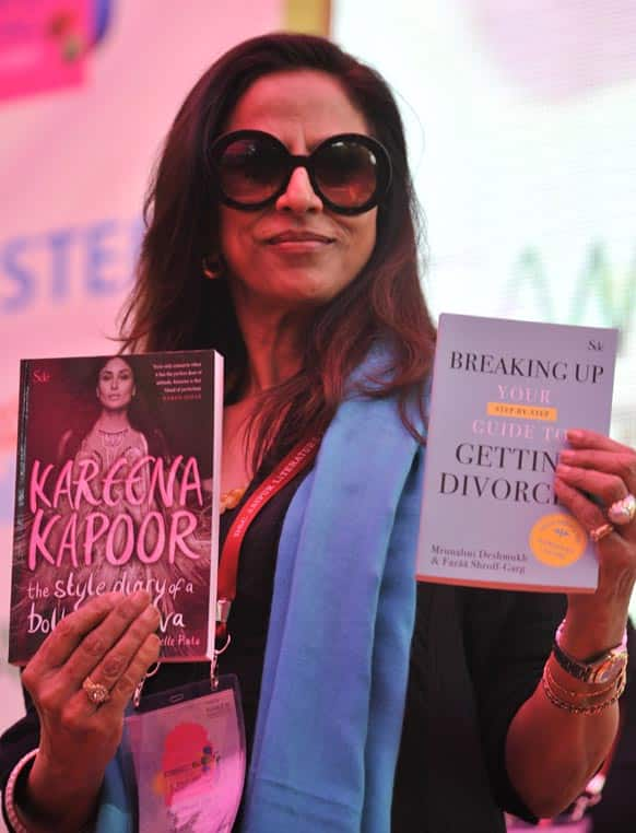Shobhaa De launching the books published under her imprint Shobhaa De books. One of the two books is a style diary written by Kareena Kapoor and another one is a divorce non-fiction book authored by a celebrity divorce lawyer.