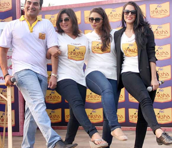Actors Arbaaz Khan, Farah Khan, Huma Qureshi and Neha Dhupia promote the cause of Proctor & Gamble titled Shiksha at a rally in Mumbai. The tag line of the campaign is 'Padhega India toh Badhega India' and it aims to promote education for the underprivileged.