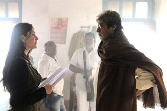 Amitabh Bachchan and Kareena Kapoor in a still from 'Satyagraha'.