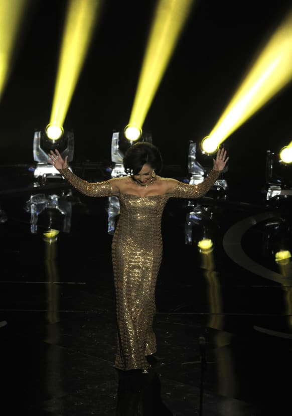 Singer Shirley Bassey performs during the Oscars at the Dolby Theatre.