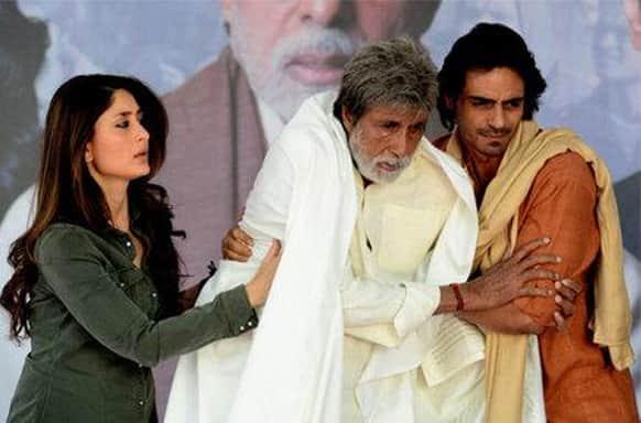 Kareena Kapoor, Amitabh Bachchan and Arjun Rampal in a still from Prakash Jha's 'Satyagraha'.