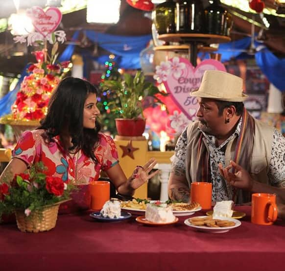 Rishi Kapoor and Taapsee Pannu in a still from 'Chashme Baddoor'.