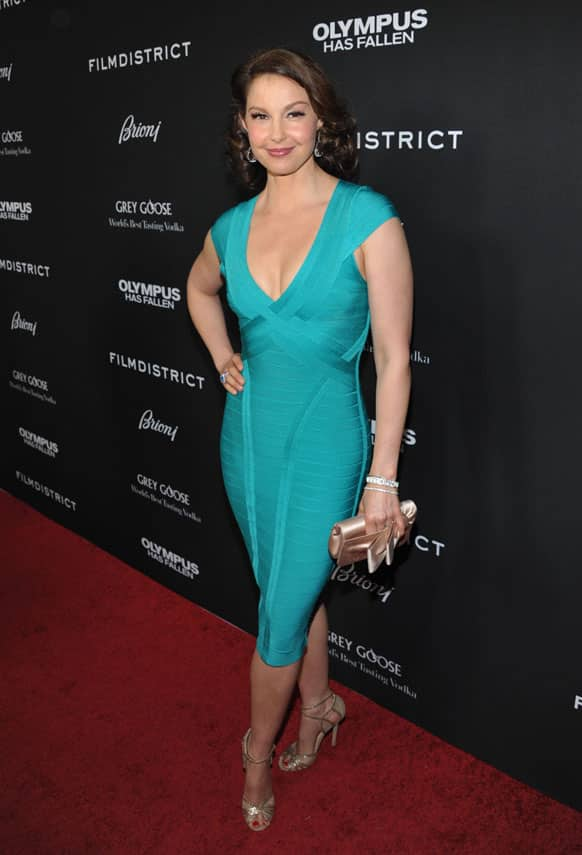 Ashley Judd arrives at the premiere of