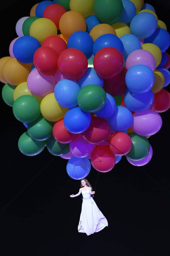 That lady being flown away by several hot air balloons was part of the opening act of the event. Image courtesy: Ravi Shanker Tulsan/Red Chillies Entertainments