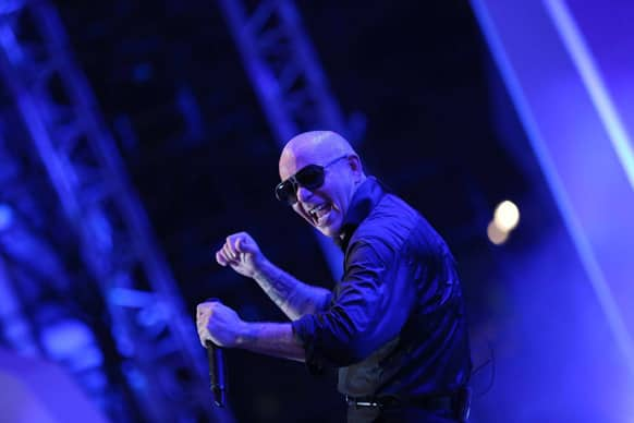 International rapper Pitbull takes the level of entertainment a notch higher with his music. Image courtesy: Ravi Shanker Tulsan/Red Chillies Entertainments