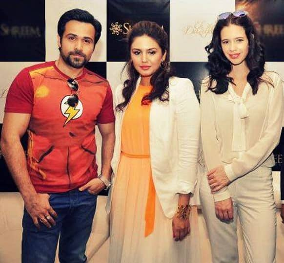 Emraan Hashmi, Huma Qureshi and Kalki Koechlin pose for a click at a press meet in New Delhi. The three were in the city for the promotion of 'Ek Thi Daayan'.