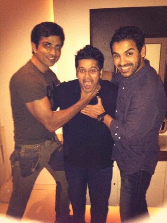 Sonu Sood, Milap Zaveri and John Abraham strike a playful pose at the success party of 'Shootout At Wadala'.