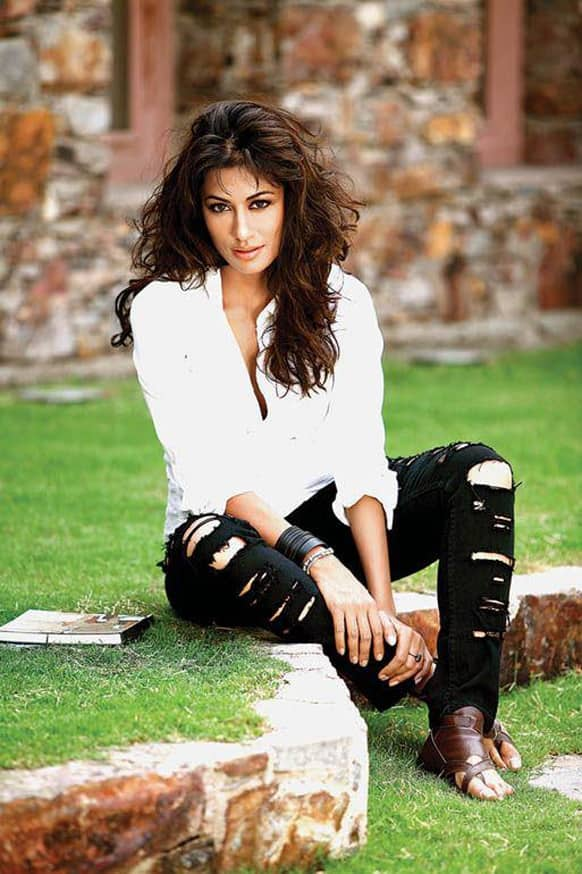 The gorgeous Chitrangda Singh poses for the lenses.