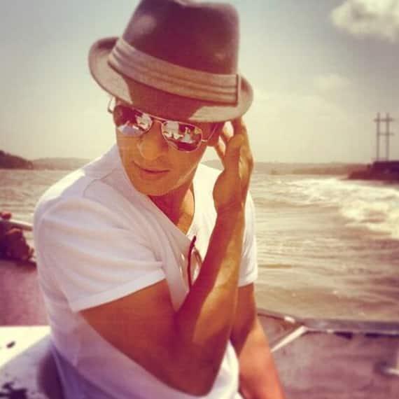 Shah Rukh Khan spotted in Goa. Image courtesy: Pinkvilla