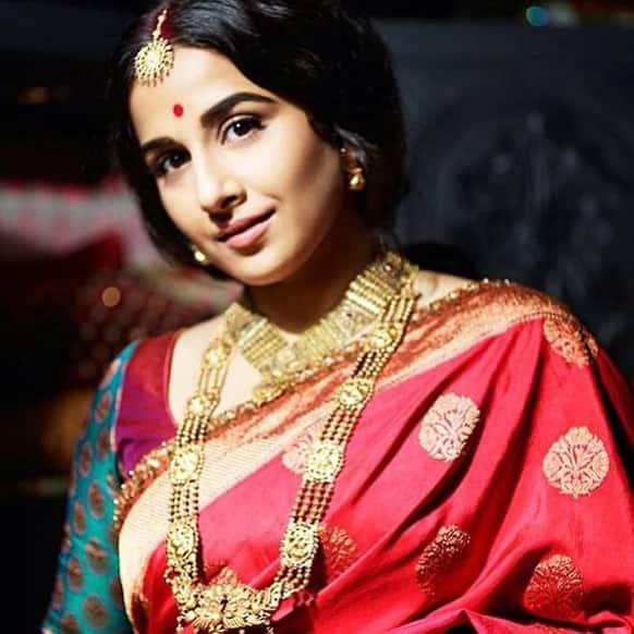 The gorgeous Vidya Balan poses for the lenses.
