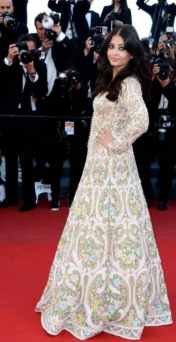 Aishwarya Rai Bachchan in a floor length Abu Jani and Sandeep Khosla anarkali for the premiere of 'Blood Ties' at the Cannes Film Festival.