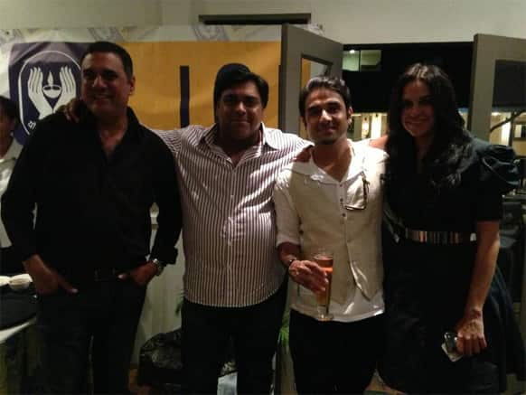 Boman Irani, Ram Kapoor, Vir Das and Neha Dhupia pose for a photograph.