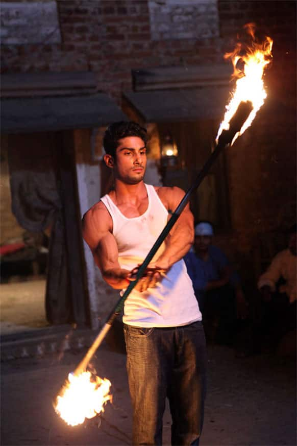 Prateik Babbar 'playing with fire' for his upcoming film 'Isaaq'.