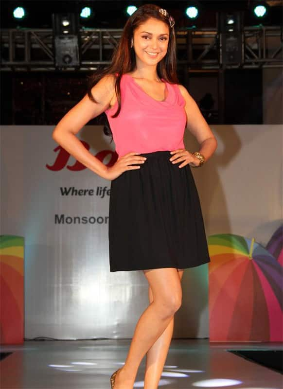 The pretty Aditi Rao Hydari poses for the shutterbugs at a footwear collection launch.