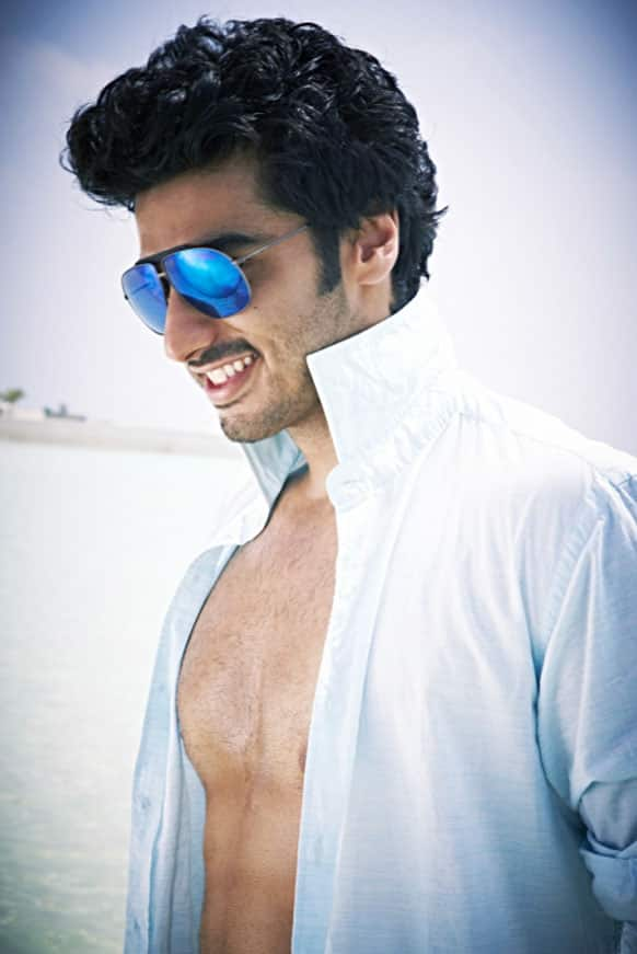 That's Arjun Kapoor and that killer smile of his.