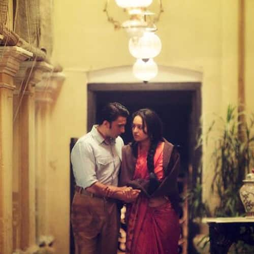 Sonakshi Sinha and Ranveer Singh in a still from 'Lootera'. Image Courtesy: @LooteraFilm