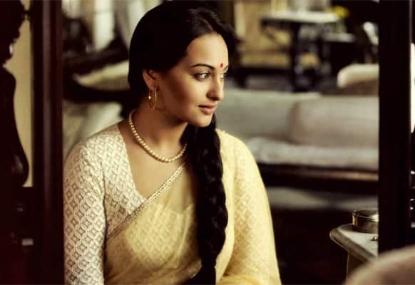 Sonakshi Sinha in a still from 'Lootera'.